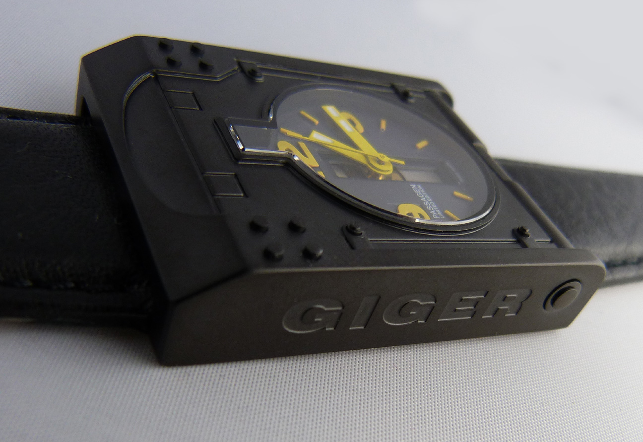 Giger Passagen watch in black Swiss Automatic from Morpehus