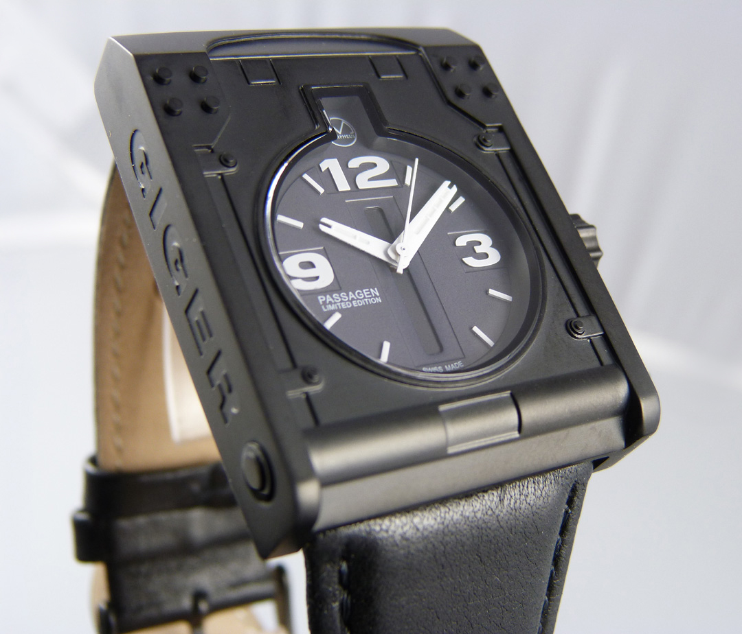 Giger Passagen quartz watch